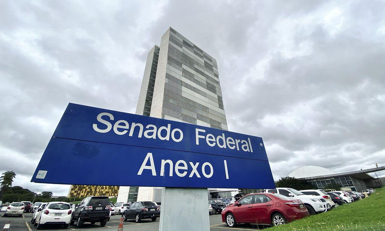 Senado Federal aprova suspensão de pagamentos do Fies devido à pandemia