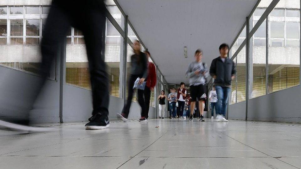 MEC divulga protocolo sanitário para volta às aulas em universidades